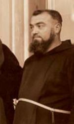Padre Pellegrino accanto a Padre Pio benedicente
