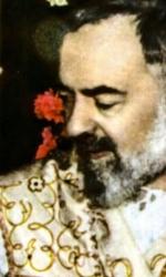 Padre Pio con la mano senza mezziguanti